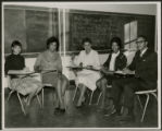 Yvonne Walker-Taylor teaching several unidentified Wilberforce University students
