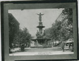 Tyler Davidson Fountain in 1915